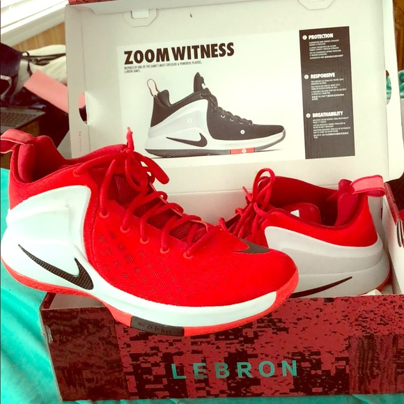 timeless design 473b4 e2f2f AIR ZOOM WITNESS LEBRON JAMES SNEAKERS SIZE 11